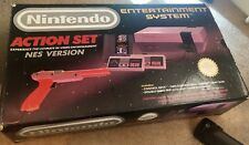Nintendo Entertainment System NES Action Set Complete with Box Controllers & Gun