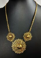 Lovely Gold tone Vintage Openwork Flowers Jewellery Necklace