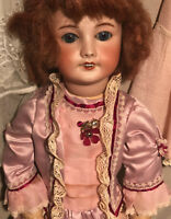 Antique doll SFBJ 301 in very good condition Jumeau body