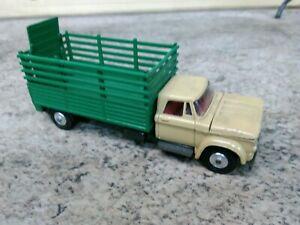 Corgi Toys  Dodge Truck 484, Kew Fargo Livestock Carrier Transporter