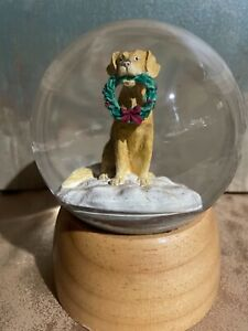 Golden Retriever Snow Globe