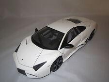 AutoArt  Lamborghini  Reventon  (mattweiß)  1:18 Ohne Verpackung !!