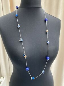 Long silvertone chain necklace with blue/brown interval beads - N033