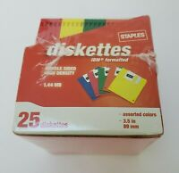 "Staples Diskettes 25 IBM Formatted Double Sided High Density 1.44 MB 3.5"" 89mm"