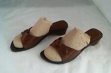 Soft Style Hush Puppies Brown Sandals Sz 9EW
