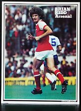 FOOTBALL PLAYER PICTURE BRIAN KIDD ARSENAL SHOOT