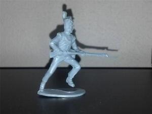 Airfix Napoleonic British Line Infantry Running w/Bayonet.  Gray Plastic 1970s
