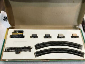 ROCO Set Minitrains  HO on N Scale track  Box Very Hard To Find Read Everything