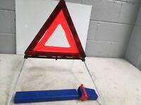 Range Rover Vogue L322 BMW Hazard Warning Triangle 27R03566