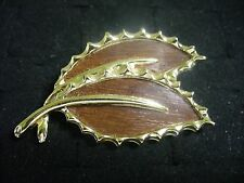 Sarah Coventry Brown Enameled Goldtone Metal Wooden Beauty Leaf Brooch Pin