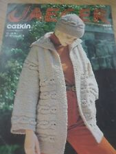 VINTAGE JAEGER CHUNKY KNITTING PATTERN  LADIES JACKET HAT 32 - 38 in
