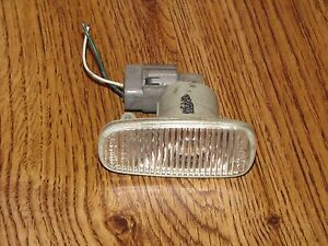 SCION xA xB FENDER SIDE MARKER LIGHT 2004-2006 LH OEM DRIVER