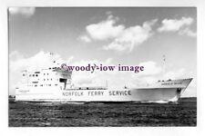 pf4400 - Norfolk Line Ferry - Duchess of Holland , built 1973 - photograph
