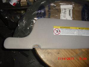 1998-01 NOS GRAY Mercury Villager Sunvisor-XF5Z-1204104-BAA