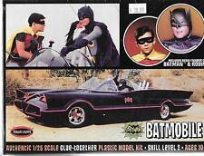 Polar Lights Batmobile 1/25 w Resin Figures of Batman and Robin PLL 920 ST