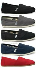 Men Tom's Classic Canvas/Flat Shoes. Brand New. Five Colors.