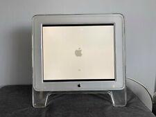 "Apple 17"" Studio Écran Mac-M7649-Original, 4:3 Ratio."
