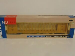 Walthers 72' Center Beam Flat Car TTX Standard-RTR
