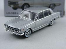 Nissan Skyline C10 2000GT en argent,Tomica Tomytec Lim. Vintage LV-162a,1/64