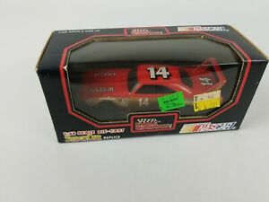 Racing Champions 1:43 Diecast #14 Goodyear Plymouth NIB Excellent Condition