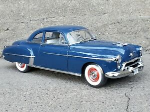 American Muscle Authentics 1950 Oldsmobile 88 Club Coupe Rocket 1:18 Diecast Car