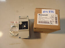 STB70130 Honeywell Thermostats à applique Surface mount thermostat 70/130°C