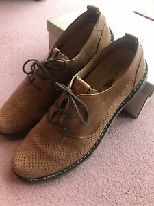 Mens Tan Fly Lace Up Shoes