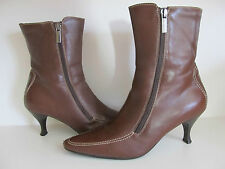 Aquatalia by Marvin B Boots Kitten Heels Womens 8 Brown Leather Gorgeous Seams