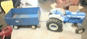 Vintage Ertl 1/12 Scale Ford 8600 Die Cast Tractor & Big Blue Wagon Used