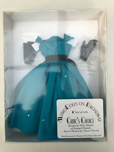 "Critics Choice Fashion from Metro Dolls on Broadway - fits most 16"" Tonner/Gene"