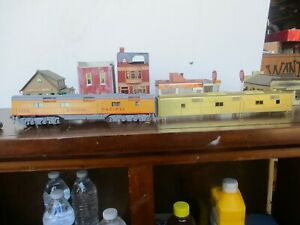 1 NICE BRASS TRAIN ENGINE BODY AND 1 BRASS UP CAR NEEDS HELP NO BOXES