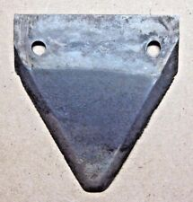 1 vintage serrated triangular blade tractor farm yard sickle mower cutting mow
