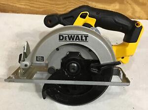 """Dewalt DCS393 20V Max 6-1/2"""" Circular Saw *Missing Blade Attachment Screw"""