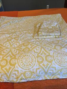 Serena & Lily Full/Queen Catalina Duvet and Two Euro Shams Yellow