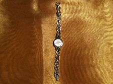 LADIES LORUS WHITE FACED WATCH W/SILVERTONE BEZEL & SILVERTONE CLASP BAND P022