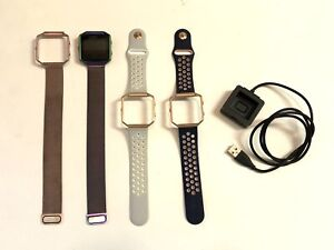 FitBit Blaze Smart Fitness Watch, USB Charger and 4 Wrist Bands