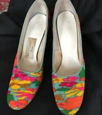 Vintage 70's Town & Country Shoes Heels Fabric Wrapped Mod Colors 7.5Aaaa