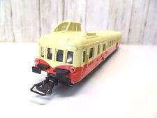R 6  ) FAUSSE MOTRICE  AUTORAIL UNIFIE 300 CV  JOUEFpour train electrique HO