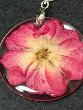 """Flower Daisy Red Real in Clear Resin Circle Charm Tibetan Silver 18"""" Necklace"""