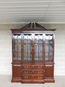 Ethan Allen Georgian Court Cherry 2pc Lighted China Cabinet 11-6206