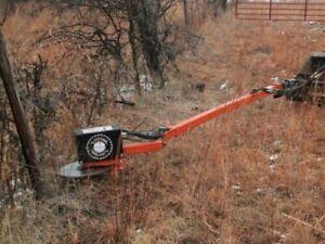 The LimbSaw Company Hydraulic Tractor Attachment Circular brush / limb saw