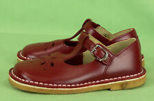 233 Sonnet England girl red leather shoes Mary Janes EUC 8