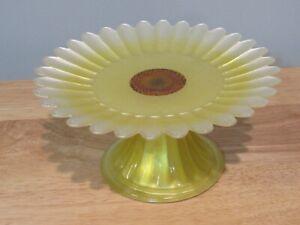 Cake / Cupcake Stand Yellow Daisy Flower