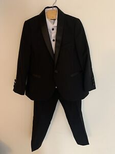 Next Boys Suit Age 4 Immaculate Condition.