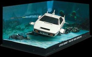 JAMES BOND 007 film models THE SPY WHO LOVED ME Lotus Esprit or Leyland Sherpa