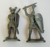 "Lot of 2pcs Medieval Knight Soft Plastic Toy Soldier 65 mm / 2,5"" 1/30 Scale NEW"