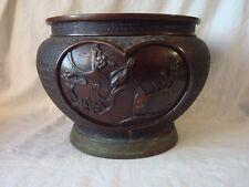 Japon 19ème Ere Meiji. Très beau et gros cache-pot en bronze signé