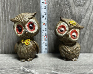 Vintage Owl Salt And Pepper Shaker Set Made in Hong Kong 1960's Owls