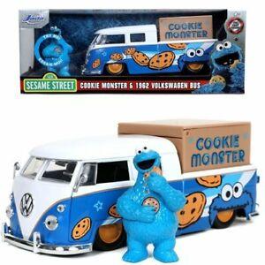 Sesame Street Cookie Monster 1962 Volkswagen Bus 1:24 Scale Die-Cast Metal Vehic