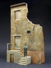 DioDump DD013 Italian house ruin ´Catania` 1:35 scale diorama building